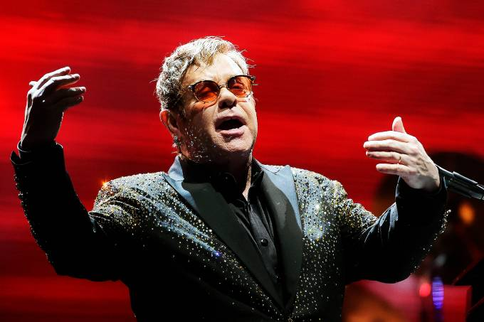 O cantor britânico Elton John
