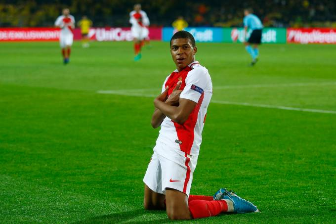 Monaco vence Borussia em Dortmund