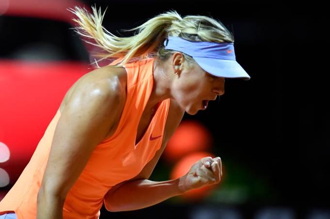 Maria Sharapova vence Roberta Vinci