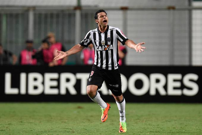 Fred comemora gol sobre o Sport Boys, em Belo Horizonte