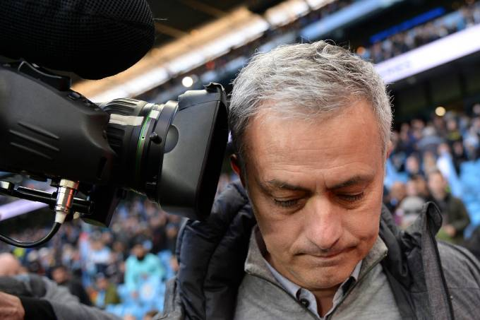 José Mourinho durante partida contra o City