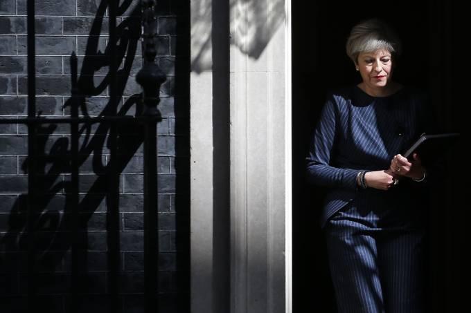 Theresa May anuncia antecipação das eleições em Londres