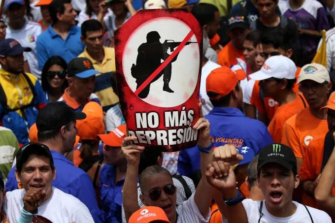 Protesto contra Nicolás Maduro em Caracas