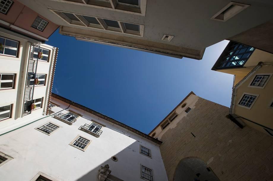 Prédios em uma rua de Coimbra
