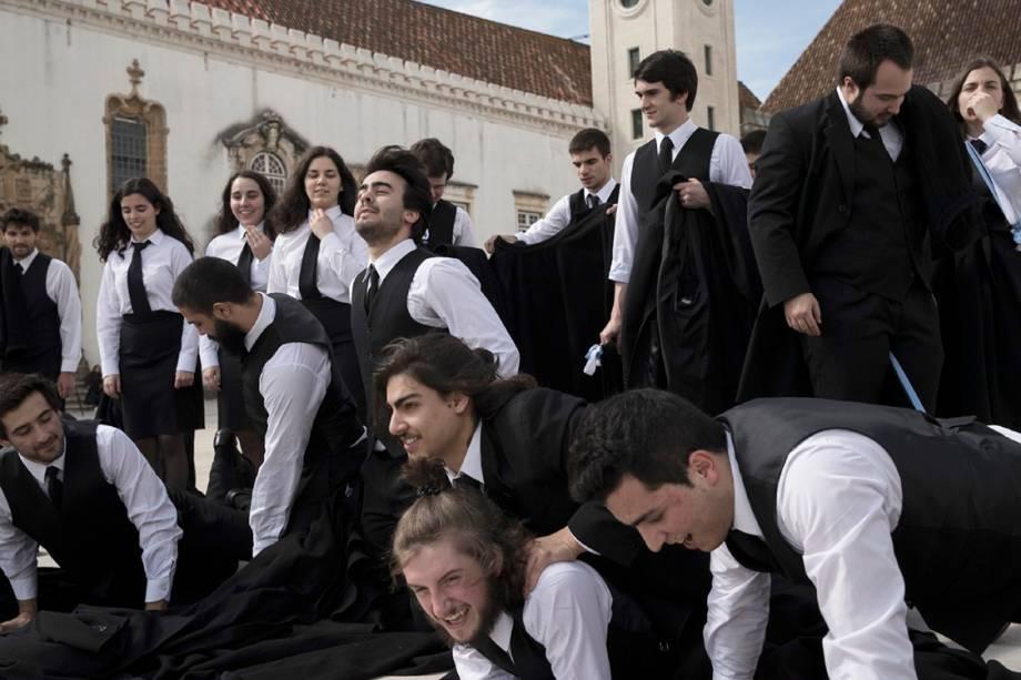 Estudantes na faculdade de direito de Coimbra