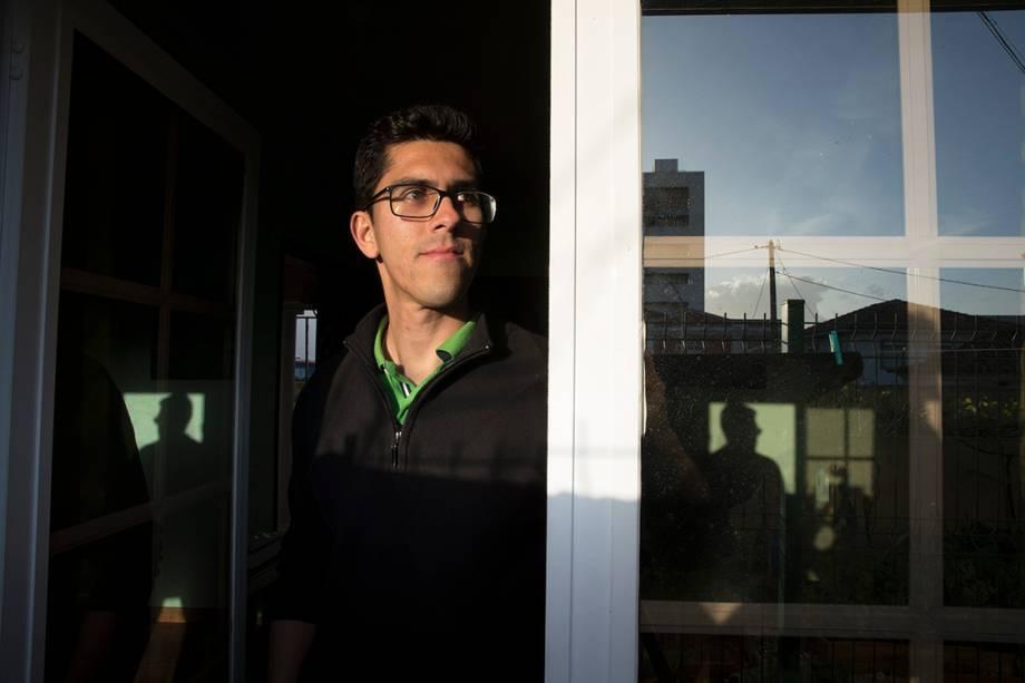 Henrique Motta, engenheiro no Brasil, garçom em Lisboa