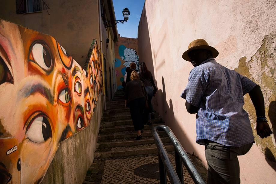 Rua do bairro Alfama, em Lisboa