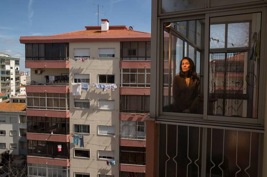Loris Rodriguez em conjunto habitacional em região periférica de Lisboa