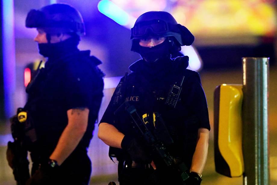 Uma explosão na arena de Manchester, na Inglaterra, onde ocorria um show da cantora Ariana Grande, deixou mortos e feridos, informou a polícia local - 22/05/2017