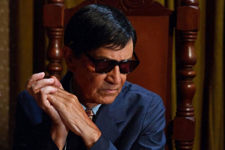 Nelson Xavier no filme 'Chico Xavier', de Daniel Filho.