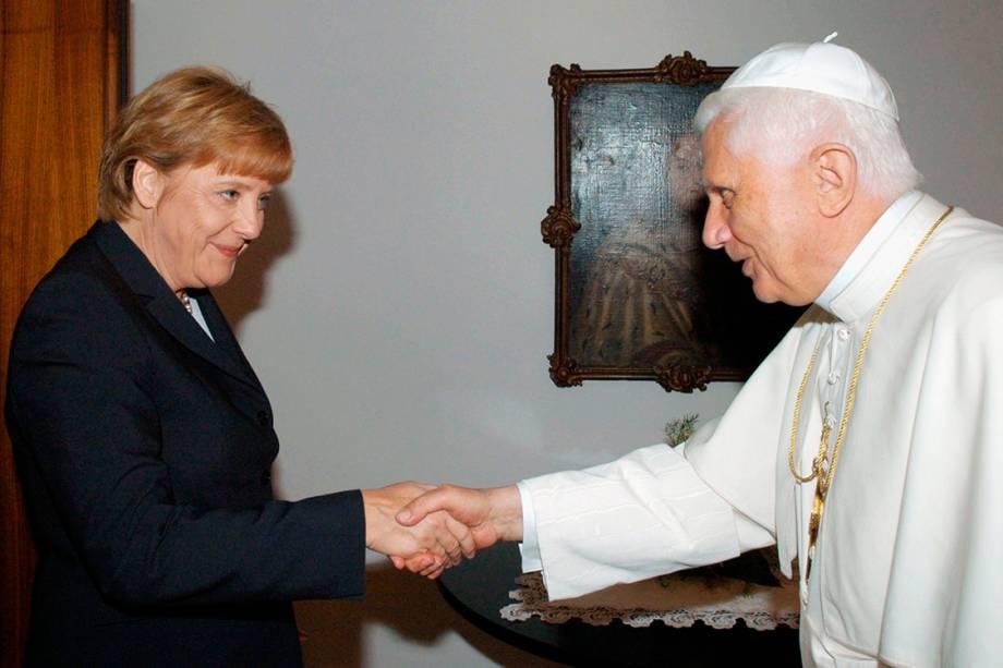 A chanceler alemã, Angela Merkel, durante encontro com o Papa Bento XVI, na Alemanha - 20/08/2005
