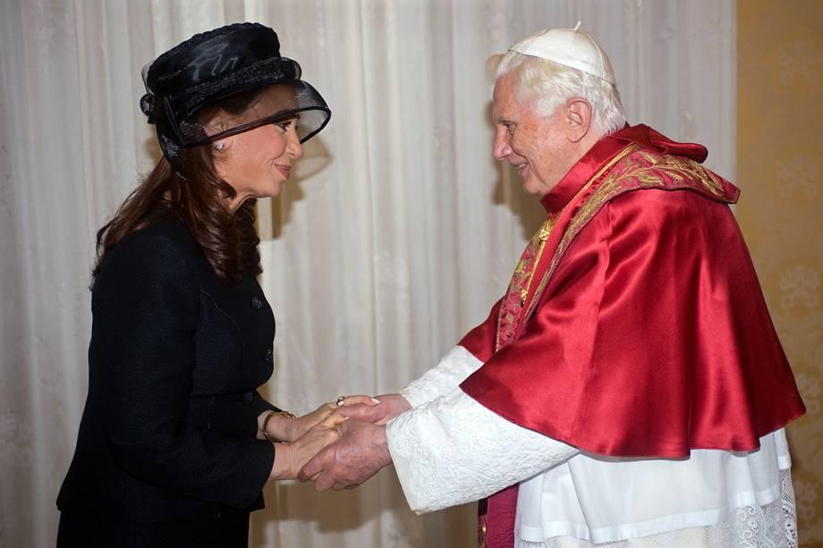 A presidente da Argentina, Cristina Kirchner, durante audiência com o Papa Bento XVI, no Vaticano - 28/11/2009