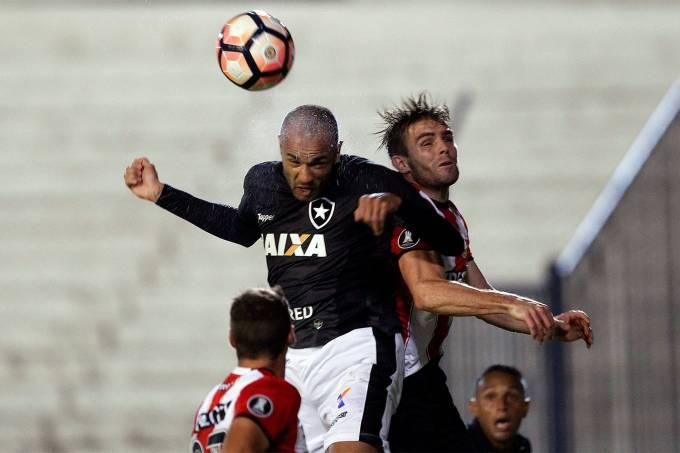 Botafogo perde na Argentina para o Estudiantes – 25-05/2017