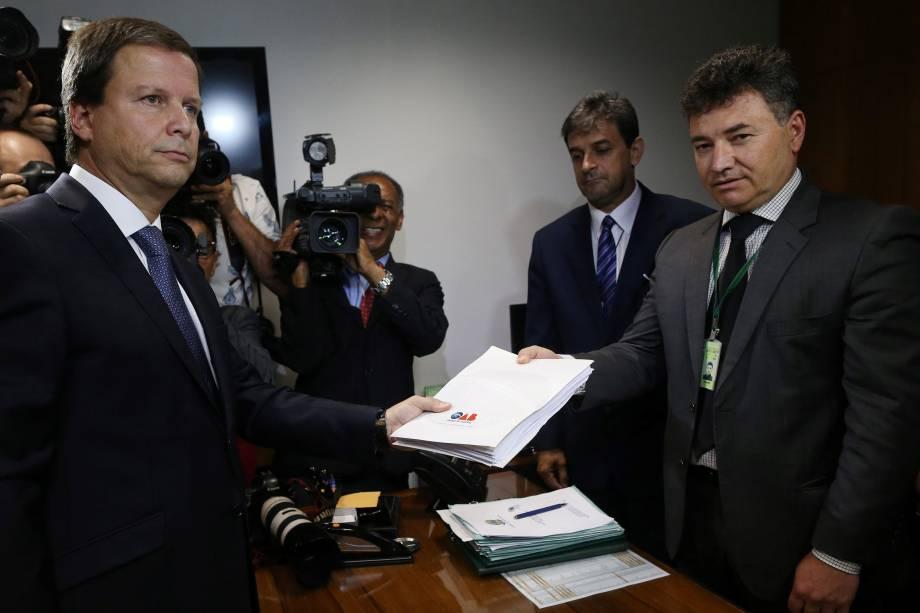 Presidente da OAB, Claudio Lamachia protocola pedido de impeachment do presidente Michel Temer na Câmara dos Deputados em Brasília - 25/05/2017