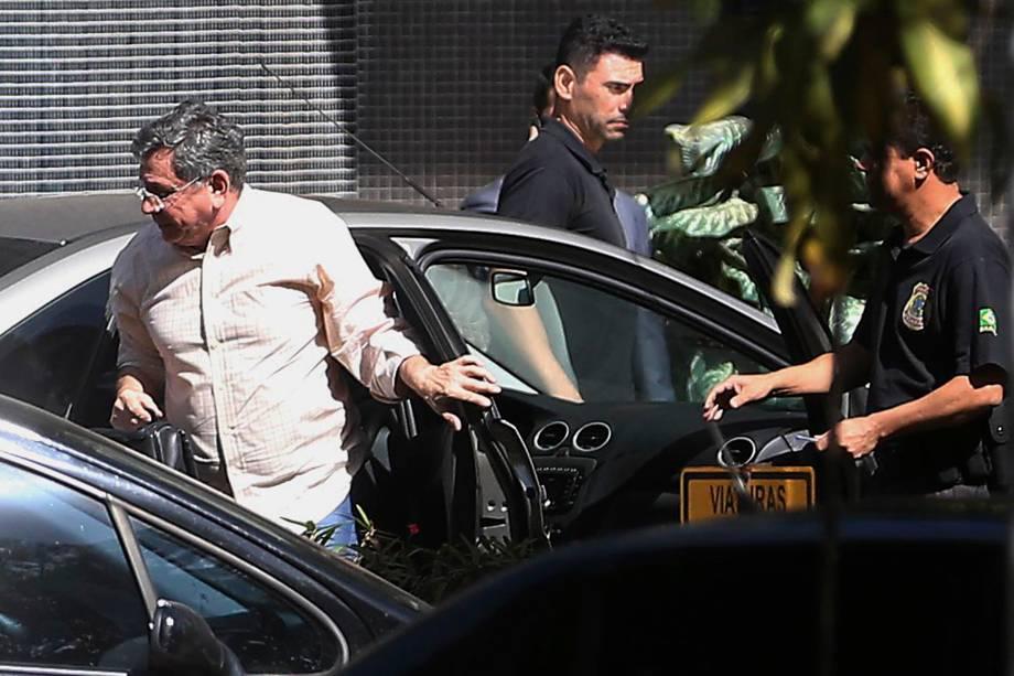 O ex-vice-governador do DF, Tadeu Filippelli, chega a superintendência da Polícia Federal preso na Operação Panatenaico - 23/05/2017