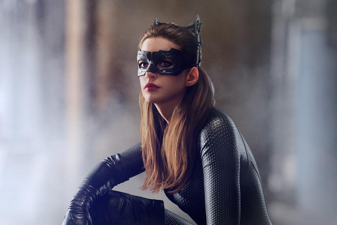 Anne Hathaway como Mulher-Gato no filme 'Batman: O Cavaleiro das Trevas Ressurge': sorte melhor que a de Halle Berry