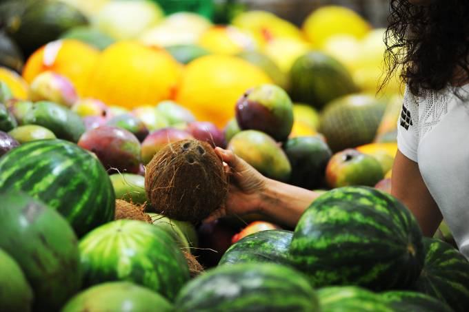 Compras em supermercado – Frutas