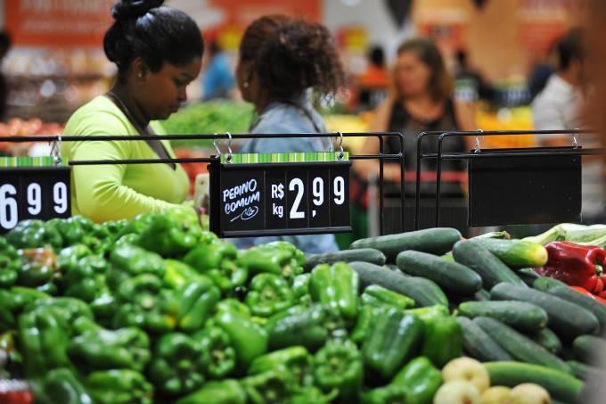 Compras em supermercado – Legumes
