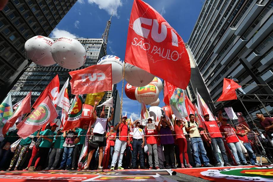 Ato político na Avenida Paulista em comemoração ao dia do Trabalhador, em São Paulo
