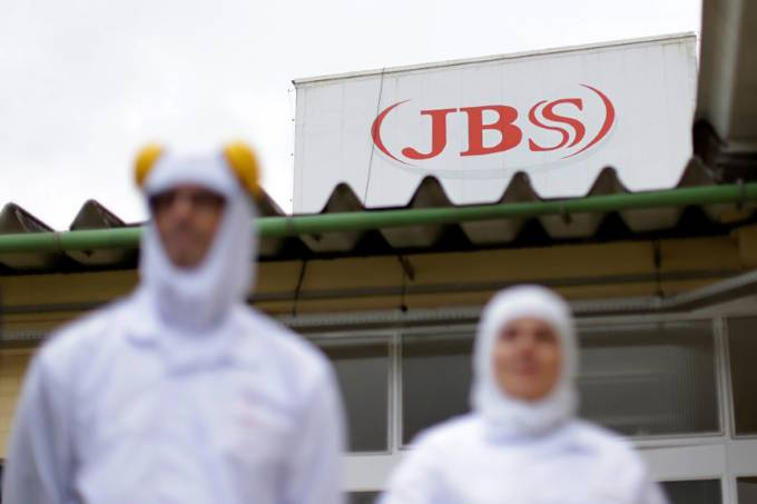 Carne – frigorífico – Jbs S/A na cidade de Lapa (PR)