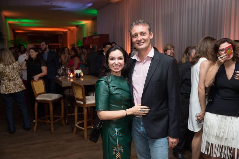 <span>João Carlos Caldeira, professor de gastronomia, ao lado da esposa: ele foi um dos 23 jurados neste ano</span>