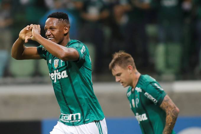 Mina comemora após abrir o placar para o Palmeiras sobre o Tucumán, pela Copa Libertadores, em São Paulo