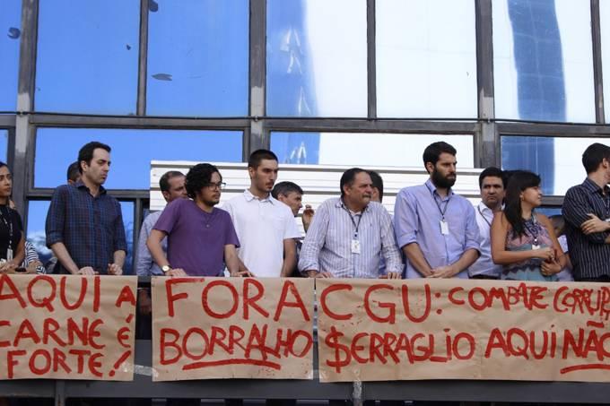 Protesto contra nomeação de Osmar Serraglio