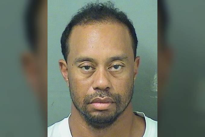 Tiger Woods, ex-jogador de golfe, é preso na Flórida