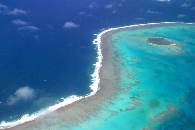 Vista aérea da Ilha de Tonga, na Polinésia