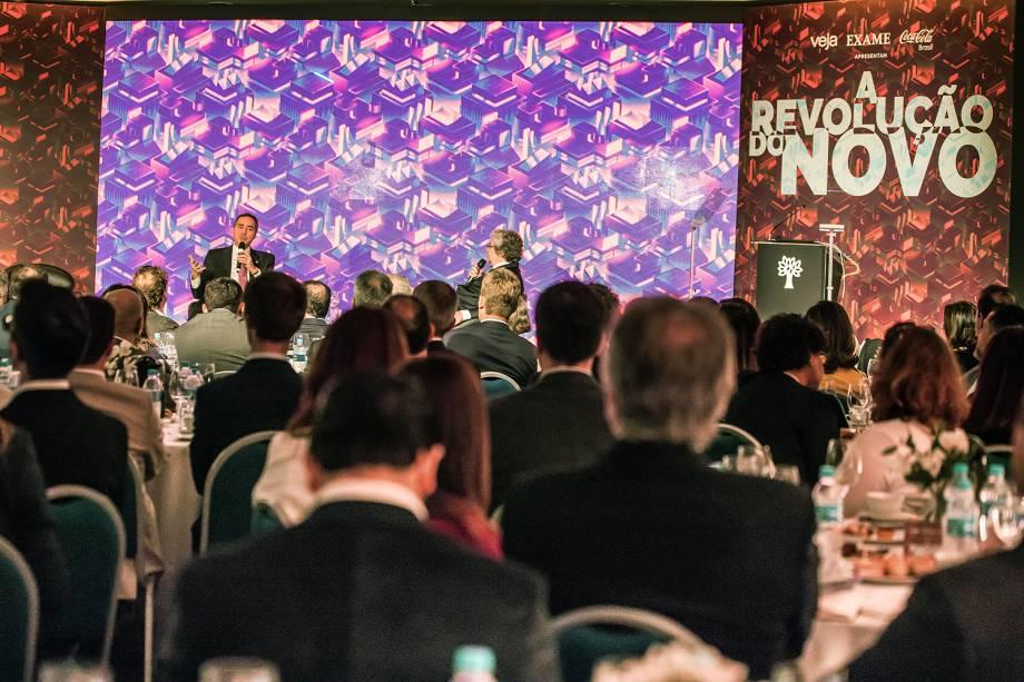 Fórum A Revolução do Novo: A Transformação do Mundo - 05/06/2017