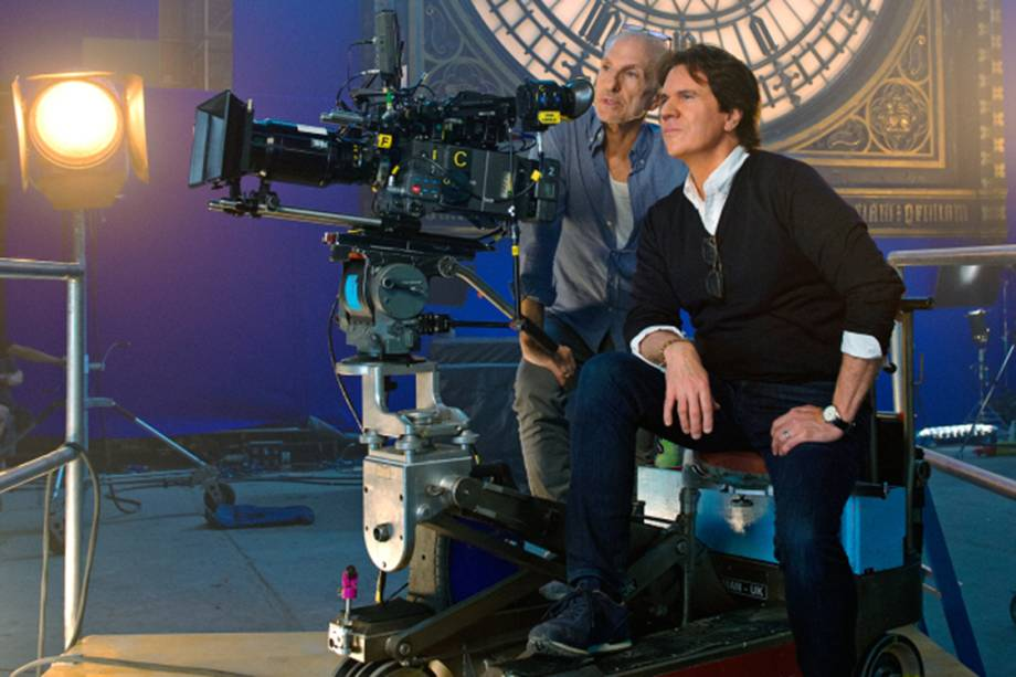 """O diretor Rob Marshall durante as gravações de """"A Volta de Mary Poppins"""""""