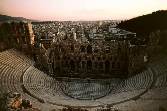 Odeão de Herodes Ático, na Acrópole de Atenas