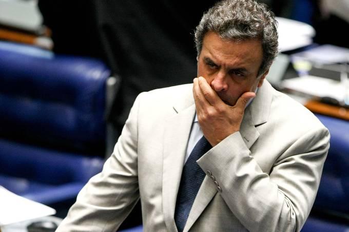 Arquivo – O senador Aécio Neves durante sessão