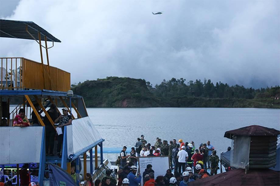 "O barco ""El Almirante"", que afundou na cidade de Guatupé, na Colômbia - 25/06/2017"