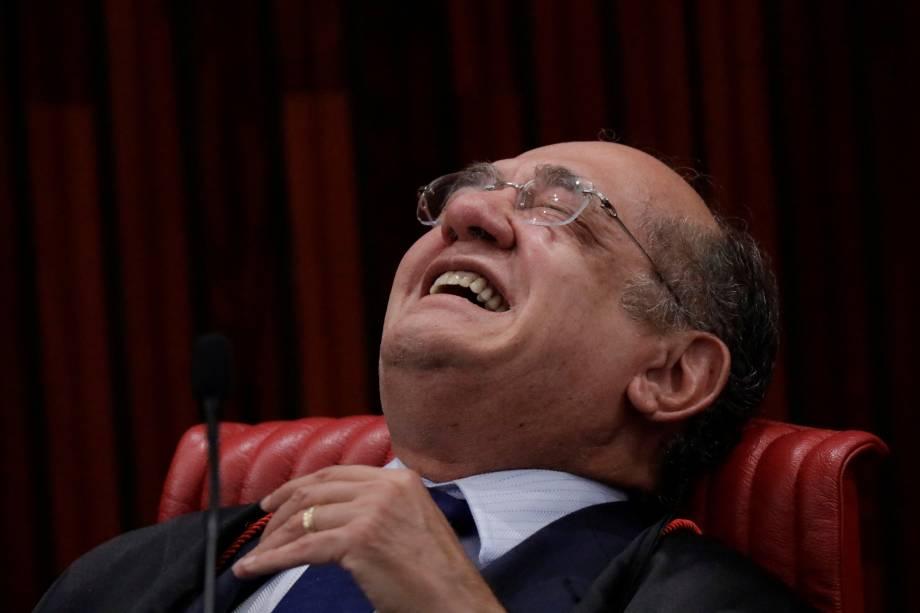 Presidente do Tribunal Superior Eleitoral (TSE), Gilmar Mendes sorri durante a sessão de julgamento da chapa Dilma-Temer eleita em 2014 - 09/06/2017