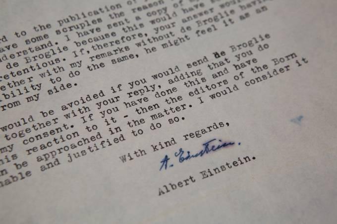 Carta assinada por Albert Einstein
