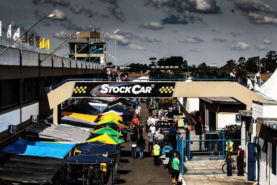 Movimentação no autódromo internacional de Curitiba onde acontece neste final de semana corrida do milhão da Stock Car - 30/06/2017