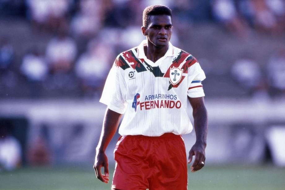 Capitão, jogador da Portuguesa durante partida do Campeonato Brasileiro 1996