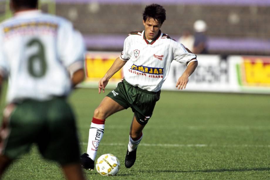 Rodrigo Fabri em ação pela Portuguesa no Campeonato Brasileiro de 1997