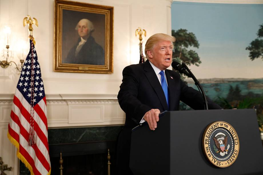 O presidente dos Estados Unidos, Donald Trump, fala sobre o tiroteio durante treino de beisebol de congressistas, em Washington - 14/06/2017