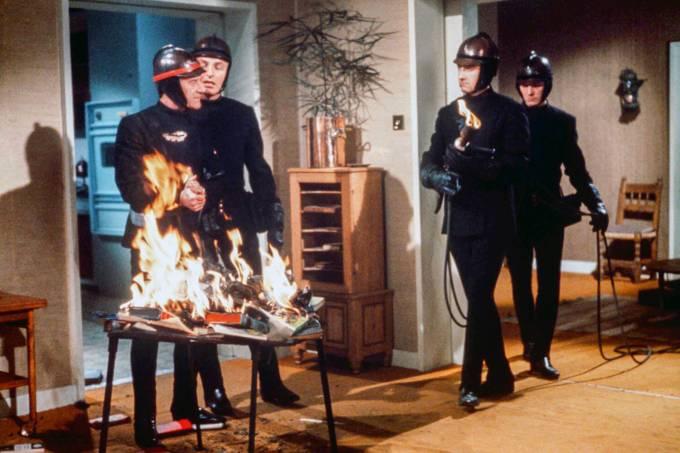 FILME-FAHRENHEIT-451—1966