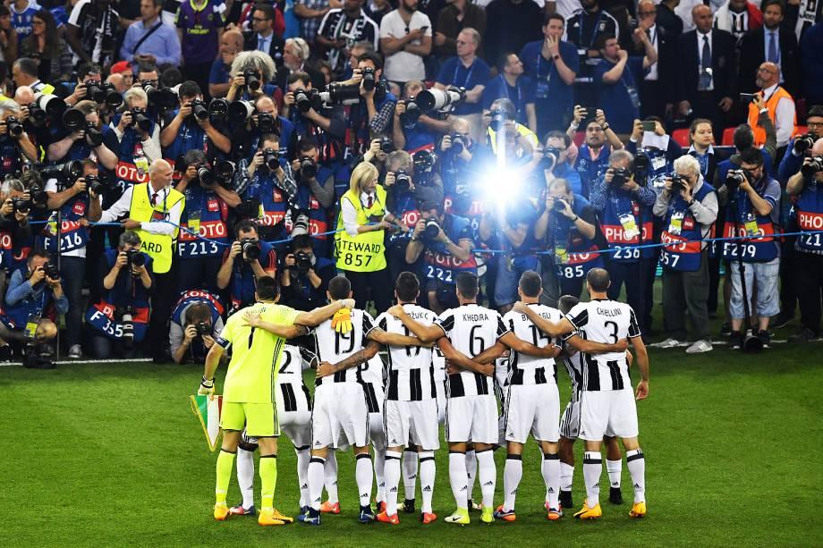 Jogadores da Juventus na final da Liga dos Campeões da Europa contra o Real Madrid no Millenium Stadium, em Cardiff, no País de Gales - 03/06/2017