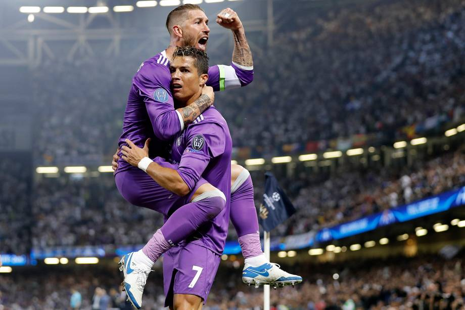 Cristiano Ronaldo do Real Madrid comemora o gol durante a partida contra a Juventus na final da Liga dos Campeões da Europa no Millenium Stadium, em Cardiff, no País de Gales - 03/06/2017