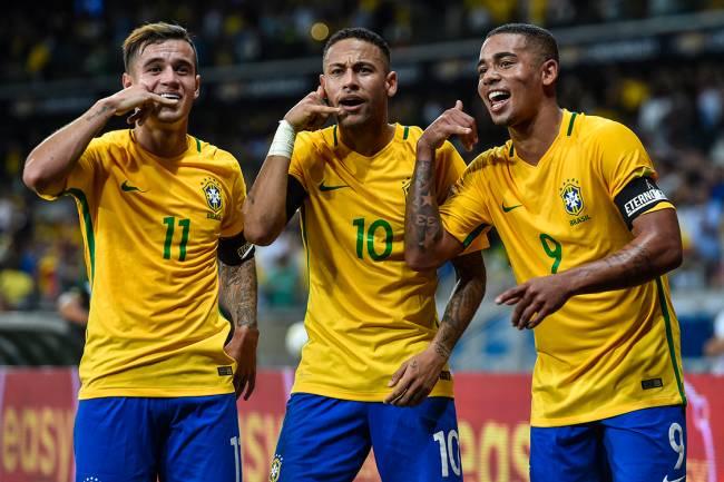 Philippe Coutinho, Neymar e Gabriel Jesus, durante jogo contra Argentina, válido pelas qualificatórias da Copa do Mundo Rússia, em Belo Horizonte, Minas Gerais