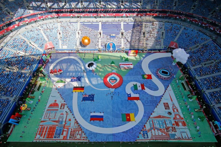 Vista geral do estádio de São Petesburgo durante a cerimônia de abertura da Copa das Confederações antes da partida entre Rússia e Nova Zelândia - 17/06/2017