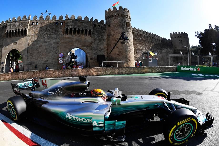 O piloto inglês Lewis Hamilton durante o Grande Prêmio do Azerbaijão, na oitava etapa da temporada de 2017 da Fórmula 1 - 25/06/2017