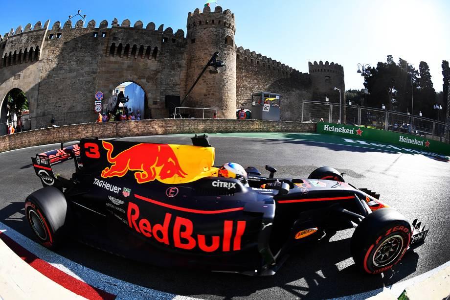 O australiano Daniel Ricciardo vence o Grande Prêmio do Azerbaijão - 25/06/2017