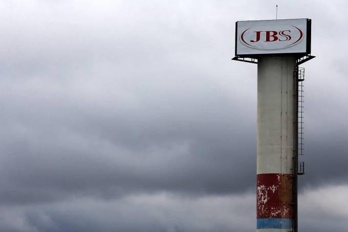 Logo da JBS é visto em unidade na cidade de Jundiaí