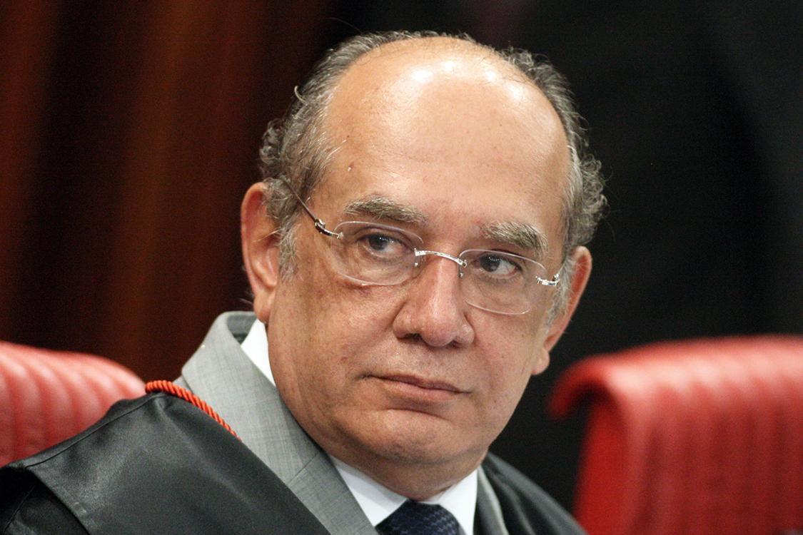Ministro Gilmar Mendes preside sessão de julgamento no Tribunal Superior Eleitoral