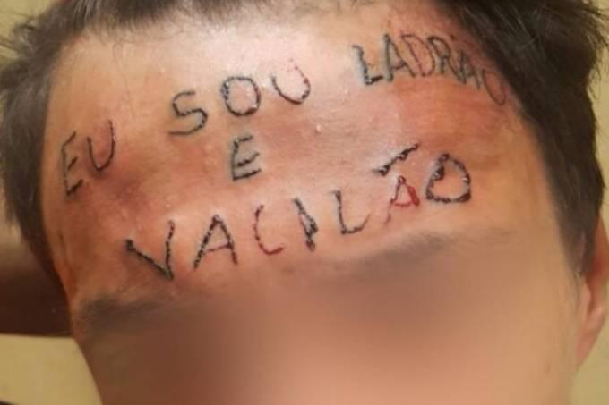 Tatuagem na testa de jovem acusado de roubo é tortura